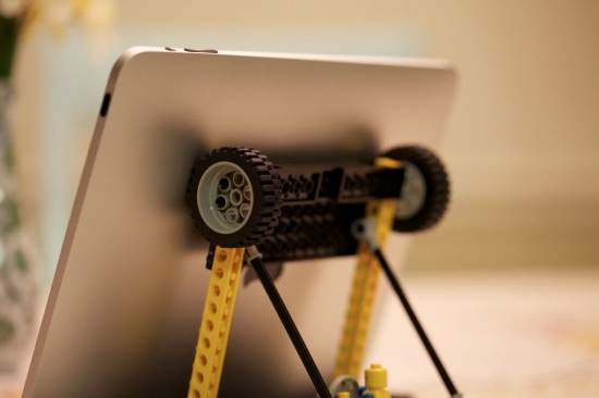 LEGO DIY Stand for iPad