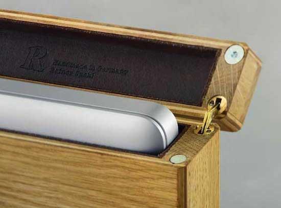 Wooden Sleeve Macbook