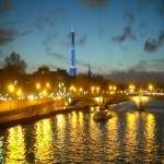 paris_lights_on_the_river_seine-wallpaper