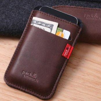 Pack & Smooch iPhone wallet case