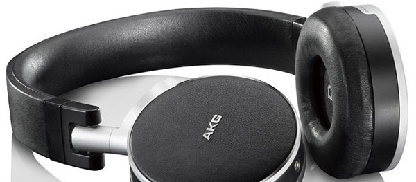 Five Favorite Noise Cancelling Headsets for Your Next Flight