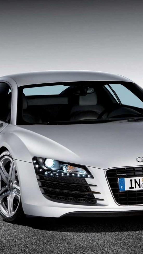 Audi £8